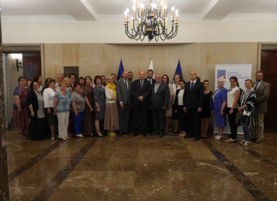 Wizyta delegacji polskich szkół i przedszkola na Łotwie w Warszawie